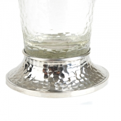 Kristallvase mit Silbermontur