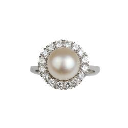 Perlenring mit Diamantrosette